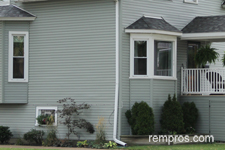 house-finished-with-vinyl-siding