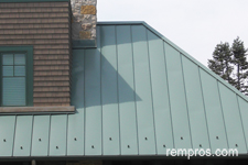 standing-seam-metal-roof-panels